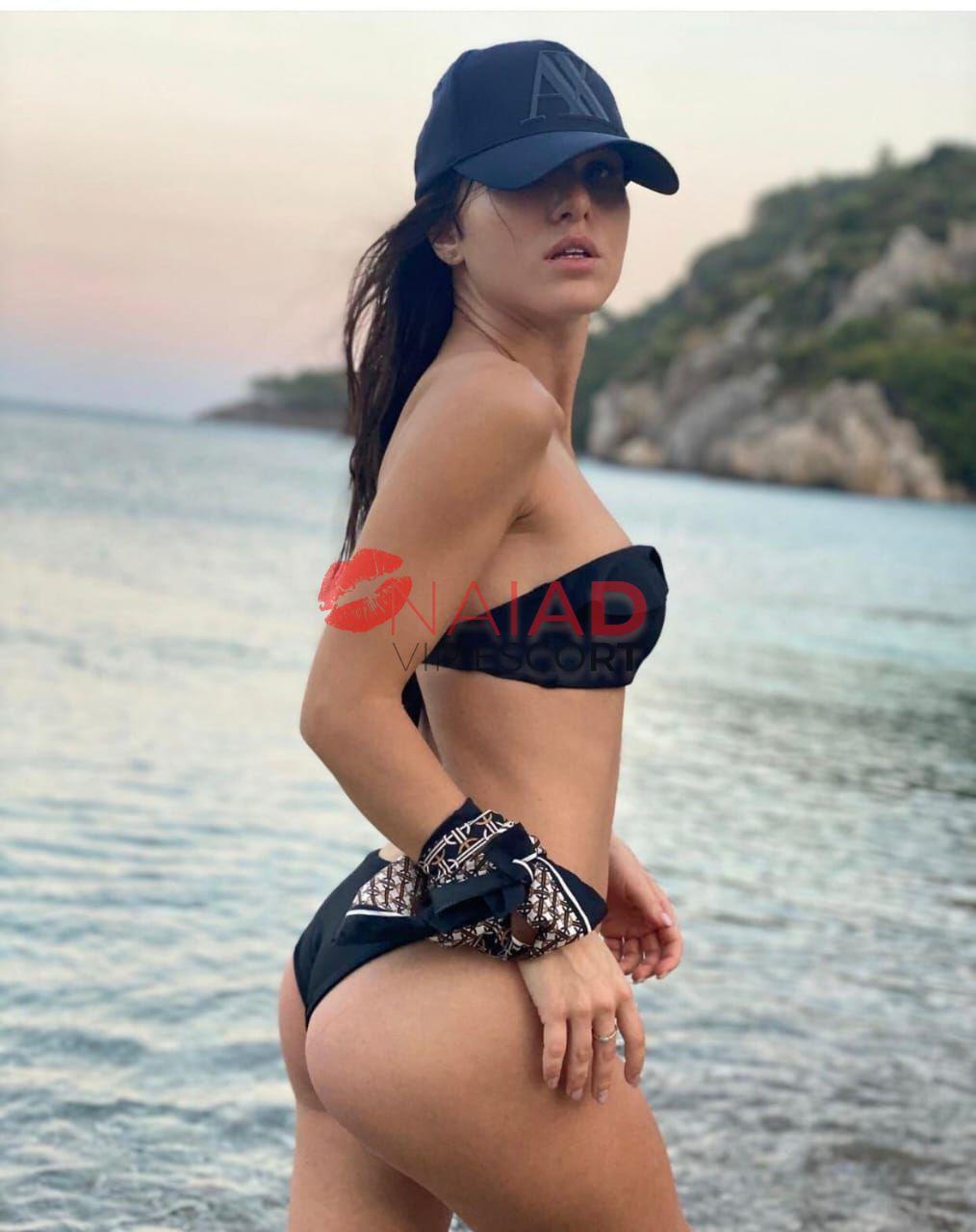 Image of Lola on Naiad